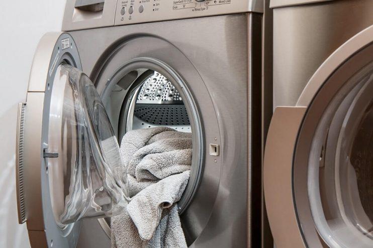 Laundry in washing machine (1)