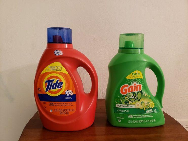 Gain vs Tide Laundry Detergent